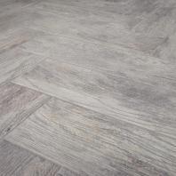 Redecorate Floor Herringbone