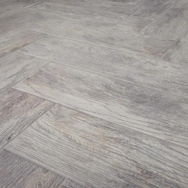 Redecorate Floor Herringbone